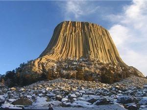 10 tảng đá nguyên khối lớn nhất thế giới