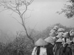 Trảy hội chùa Hương năm 1990 qua ống kính của nhiếp ảnh gia nước ngoài