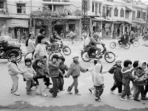 Bồi hồi ngắm Hà Nội năm 1990 qua góc nhìn của nhiếp ảnh gia nước ngoài