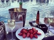 Khám phá kỳ nghỉ hè xa xỉ của hội con nhà giàu Dubai