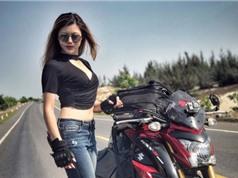 Nữ biker khoe thân hình nóng bỏng bên Suzuki GSX-S1000