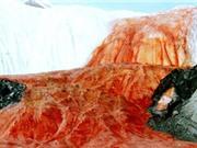 """""""Khám phá"""" thác máu mang bí ẩn trăm năm ở Nam Cực"""