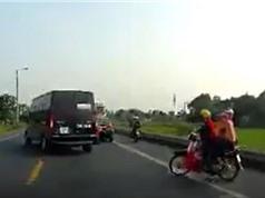 CLIP HOT NHẤT TRONG NGÀY: Xe ben tông chết người, dùng xe múc tóm trăn khổng lồ