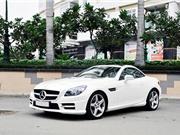 Mercedes SLK350 2012 giá hơn 1,8 tỷ đồng tại Việt Nam