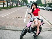 Chùm ảnh hot girl Thanh Bi đọ cá tính bên xe điện Anbico Bat-X
