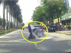 """Clip: """"Đo đường"""" vì chạy xe máy thiếu quan sát"""