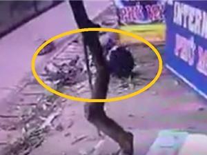 Clip: Tai nạn khủng khiếp xảy ra trước quán net ở Đồng Nai