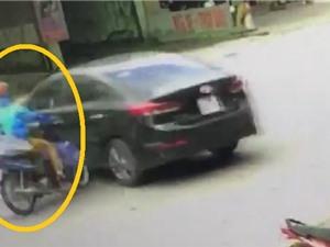 Clip: Chiếc Hyundai Elantra quay đầu bất cẩn gây tai nạn
