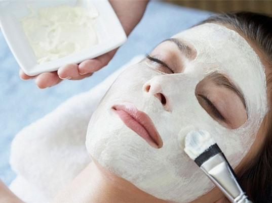 Cách làm 3 loại mặt nạ dưỡng da cực hiệu quả từ tinh dầu tự nhiên