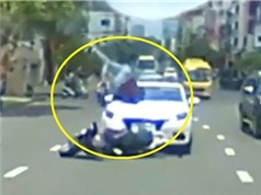 """Ô tô bị tông lật nhào như phim hành động, Ô tô """"điên"""" tông hàng loạt người trên phố"""