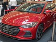 Ảnh chi tiết Hyundai Elantra Turbo Sport 2017 giá 719 triệu đồng