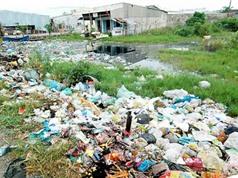 Clip: Kinh hoàng vấn đề rác thải ở TPHCM