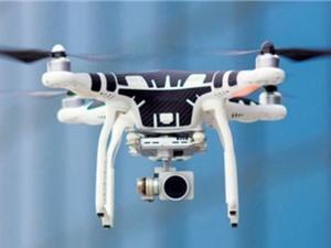 Tù nhân Mỹ dùng drone chuyển đồ vào ngục