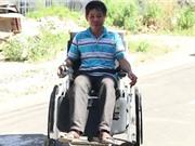 Clip: Nông dân Phú Yên tự chế xe lăn từ phế liệu