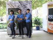 Sinh viên sáng chế máy bán phở biết trả lại tiền thừa