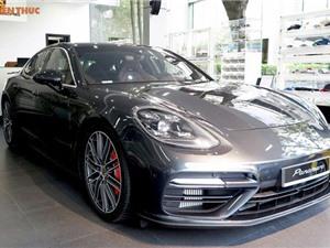 """Soi"" siêu xe Porsche Panamera Turbo 2017 giá 12 tỷ tại Hải Phòng"