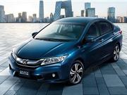"""XE """"HOT"""" NGÀY 8/7: Ôtô Hàn """"vô đối"""" về mất giá tại VN, ngạc nhiên vì giá Honda City 2017 ở Nhật"""