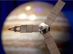 """Tàu Juno sẽ bay ngang """"cơn bão khổng lồ"""" trong bầu khí quyển Sao Mộc"""