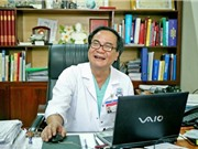 Giáo sư - tiến sỹ Bùi Đức Phú - chuyên gia  về ghép tạng ở Việt Nam