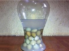 """Ngâm rượu trứng gà - mẹo hay cải thiện khả năng """"chăn gối"""" của phái mạnh"""