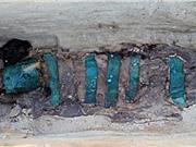 Tìm thấy xác ướp 1.300 năm tuổi trong kén vải