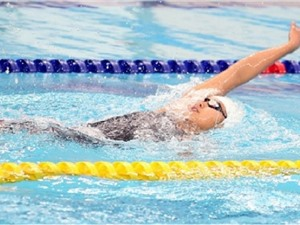 Hướng dẫn bơi ngửa cho người mới tập bơi