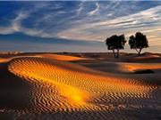 """""""Lạc trôi"""" vào sa mạc đẹp nhất thế giới ở châu Á"""