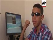 Chàng trai khiếm thị với những dự án công nghệ cho người khuyết tật