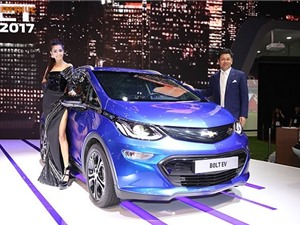 Cận cảnh ôtô điện giá rẻ Chevrolet Bolt EV tại Việt Nam
