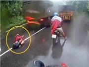 Mở cửa ôtô bất cẩn gây tai nạn ở Bình Dương, xe tải vượt ẩu gây tai nạn thảm khốc ở đèo Bảo Lộc