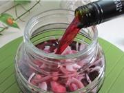 Rượu vang đỏ ngâm hành tây - rượu thuốc quý nhà nào cũng nên có