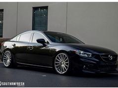 """Sedan Mazda 6 độ cực """"VIP"""" phong cách siêu xe sang"""