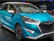 Toyota giới thiệu xe gia đình phong cách lạ