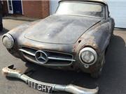 Bỏ xó 30 năm, đống sắt vụn Mercedes-Benz có giá tiền tỷ