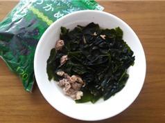 """""""Học lỏm"""" cách nấu canh rong biển ngon như người Hàn Quốc"""
