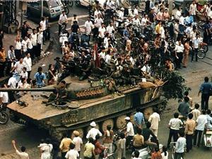 Chùm ảnh dàn xe tăng tiến vào giải phóng Sài Gòn ngày 30/4