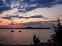 """""""Ghé thăm"""" bãi biển đẹp bậc nhất Việt Nam"""