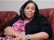 Người phụ nữ da đen biến thành da trắng sau uống thuốc chữa ung thư
