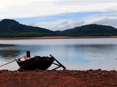 Chiêm ngưỡng vẻ đẹp của hồ nước nổi tiếng nhất Bắc Trung Bộ
