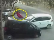 Clip: Gây tai nạn thảm khốc, tài xế vội vàng bỏ chạy