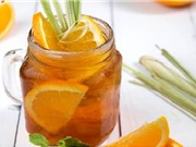 Mách bạn cách pha trà đào cam sả thơm ngọt, mát lạnh