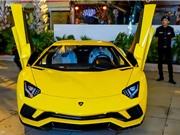 Cận cảnh Lamborghini Aventador S hơn 40 tỷ trên phố Sài Gòn