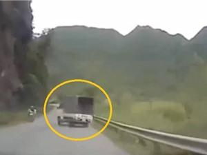 Clip: Xe tải thủng lốp, quay 180 độ trên đèo tại Lạng Sơn