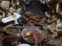 Mộ cổ nghìn năm chứa mặt nạ ngọc bích của vua Maya
