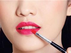 Clip: 4 tuyệt chiêu giữ màu son môi lâu trôi suốt cả ngày