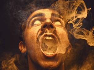Hiện tượng người tự cháy thành tro và hiệu ứng sợi bấc