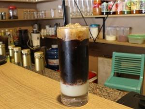 Clip: Công thức pha chế cà phê sữa đá 3 tầng ngon hơn hàng quán
