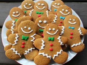 Tự làm bánh quy gừng nhâm nhi trong ngày giá lạnh