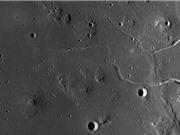 Phát hiện hang động sâu 50 km trên Mặt Trăng