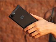 Cận cảnh BlackBerry KeyOne Black Edition vừa lên kệ tại Việt Nam